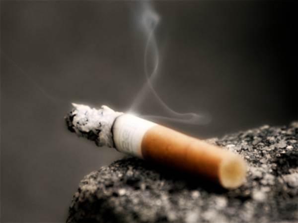 Il peso dopo per smettere di fumare è aumentato