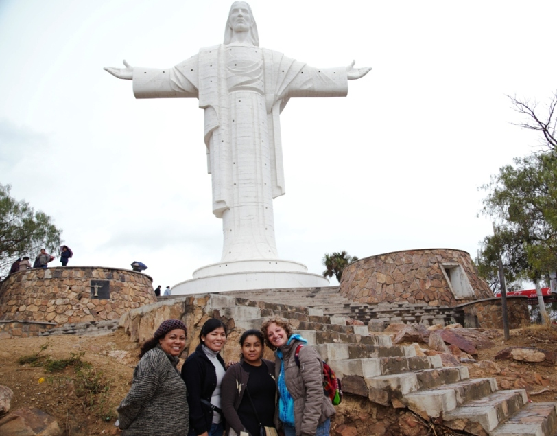 Cochabamba - Cristo de la Concordia  insieme a Marleny, Maria e Nadir